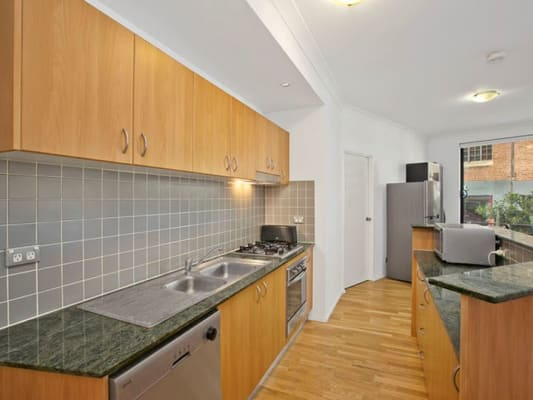 $175, Flatshare, 2 bathrooms, Foster Street, Surry Hills NSW 2010