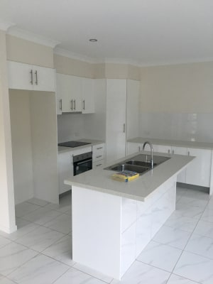 $140, Share-house, 3 bathrooms, Cook Street, North Ward QLD 4810