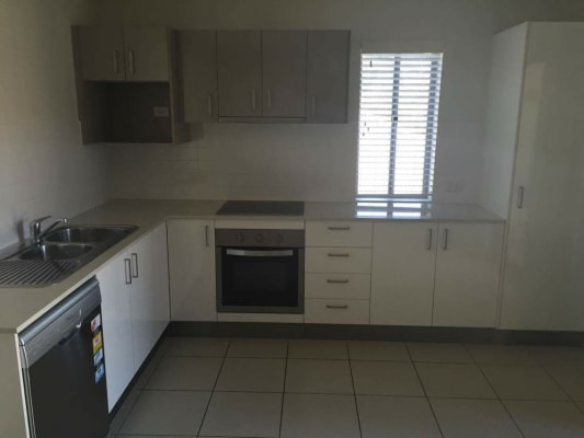 $200, Flatshare, 2 bathrooms, Farm Street, Newmarket QLD 4051