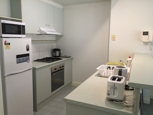 $165, Whole-property, 2 bathrooms, Little Lonsdale Street, Melbourne VIC 3000