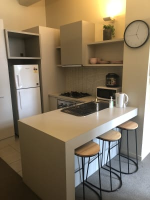 $345, Flatshare, 2 bathrooms, Little Bourke Street, Melbourne VIC 3000
