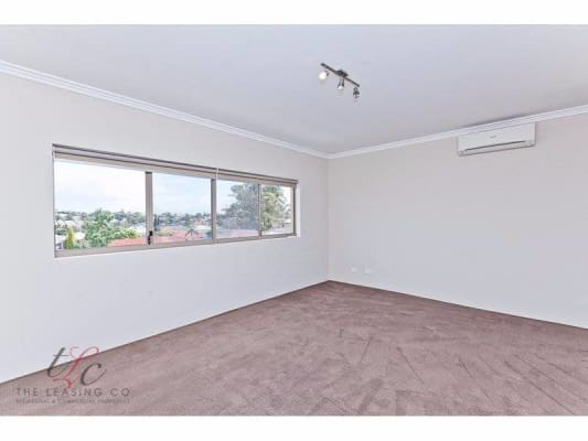 $220, Share-house, 3 bathrooms, Duke St, Scarborough WA 6019