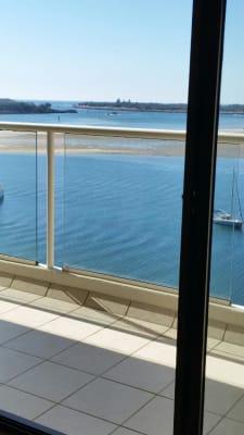 $180, Flatshare, 2 bathrooms, Marine Parade, Labrador QLD 4215