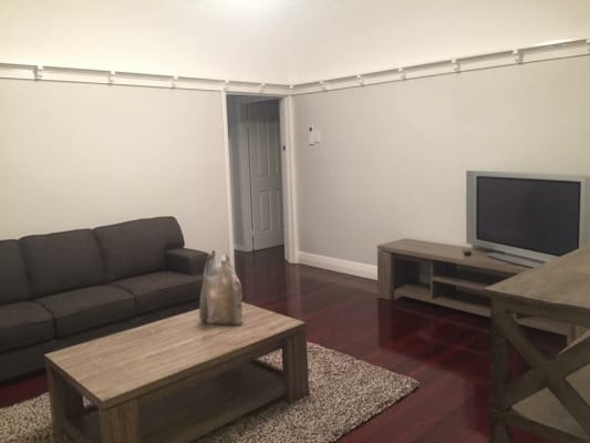 $185, Flatshare, 3 bathrooms, Hawthorne Road, Hawthorne QLD 4171