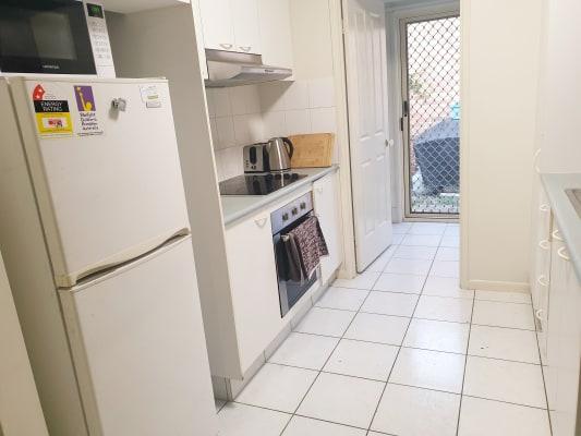 $220, Share-house, 3 bathrooms, Swanton Drive, Mudgeeraba QLD 4213