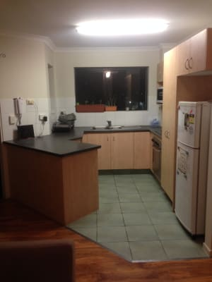 $127, Flatshare, 3 bathrooms, White Street, Southport QLD 4215