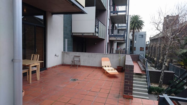 $250, Flatshare, 2 bathrooms, Fitzroy Street, Saint Kilda VIC 3182
