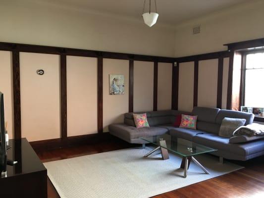 $280, Share-house, 2 bathrooms, Lang Street, Mosman NSW 2088