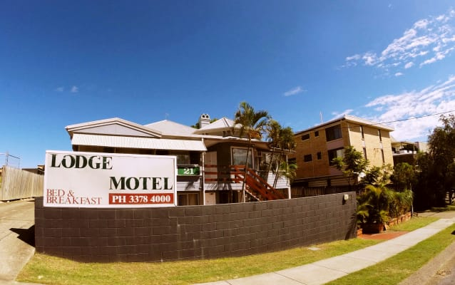 $220, Student-accommodation, 5 rooms, Riverview Terrace, Indooroopilly QLD 4068, Riverview Terrace, Indooroopilly QLD 4068