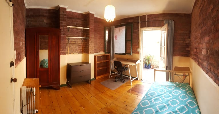$330, Share-house, 3 bathrooms, Saint Johns Road, Glebe NSW 2037