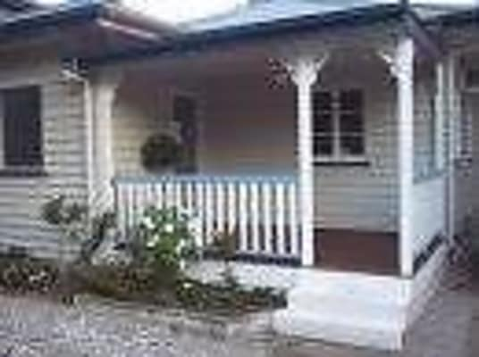 $200, Whole-property, 3 bathrooms, Balmoral Street, Hawthorne QLD 4171