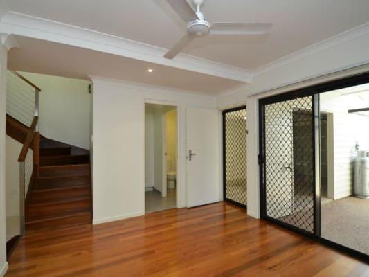 $160, Flatshare, 3 bathrooms, Paddington Terrace, Douglas QLD 4354