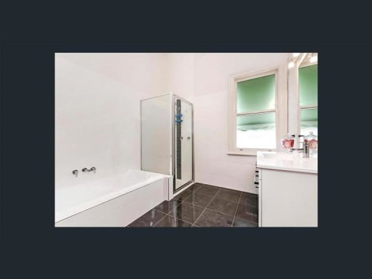 $137, Share-house, 4 bathrooms, Canterbury Road, Warrnambool VIC 3280
