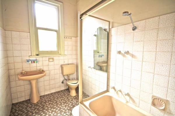 $185, Share-house, 2 rooms, Henley Beach Road, Underdale SA 5032, Henley Beach Road, Underdale SA 5032