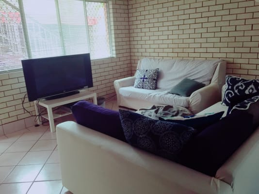 $135, Flatshare, 3 bathrooms, Gold Coast Highway, Burleigh Heads QLD 4220