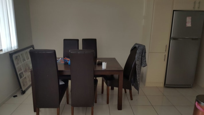 $180, Flatshare, 2 bathrooms, Colless Street, Penrith NSW 2750