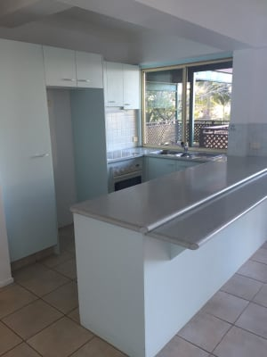 $430, Whole-property, 2 bathrooms, Ocean Parade, Burleigh Heads QLD 4220