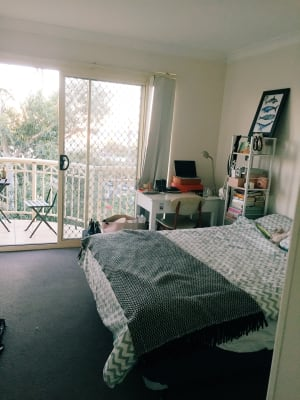 $350, Share-house, 3 bathrooms, Carr Street, Coogee NSW 2034