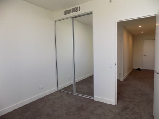 $300, Flatshare, 3 bathrooms, Botany Road, Rosebery NSW 2018