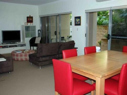 $330, Flatshare, 3 bathrooms,  Pacific Parade, Dee Why NSW 2099