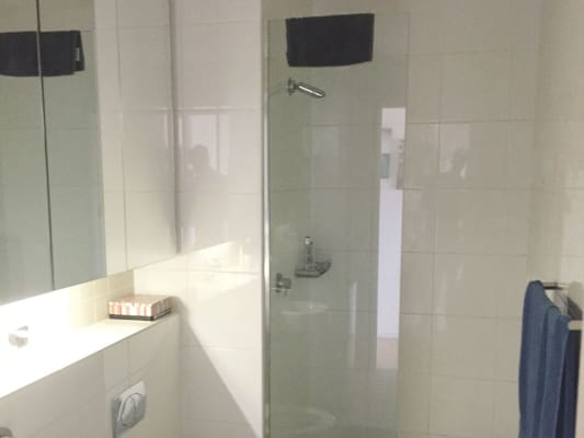 $375, Flatshare, 2 bathrooms, Albion Street, Surry Hills NSW 2010