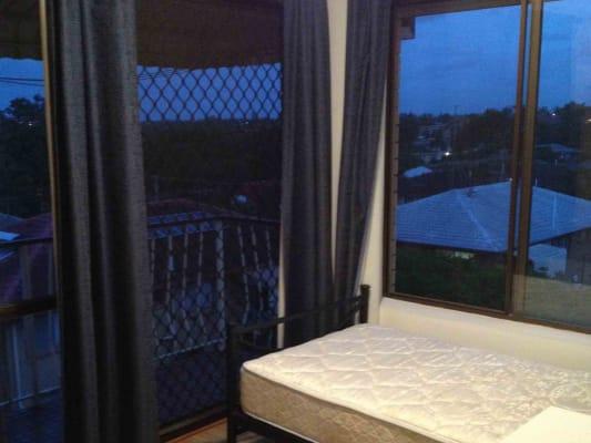 $155, Flatshare, 3 bathrooms, Avocado Street, MacGregor QLD 4109