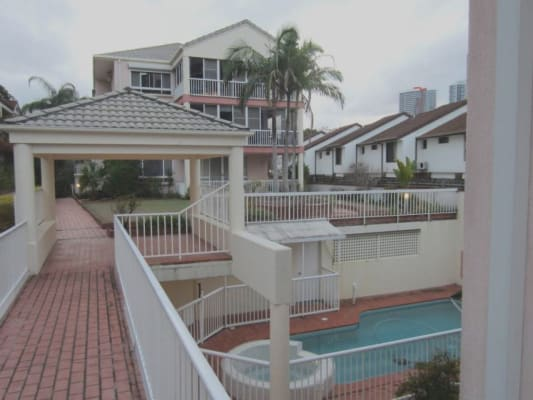 $170, Flatshare, 3 bathrooms, Bauer Street, Southport QLD 4215