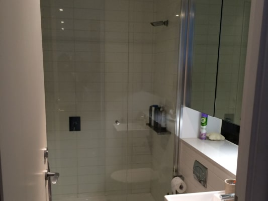 $250, Flatshare, 2 bathrooms, Bray Street, South Yarra VIC 3141