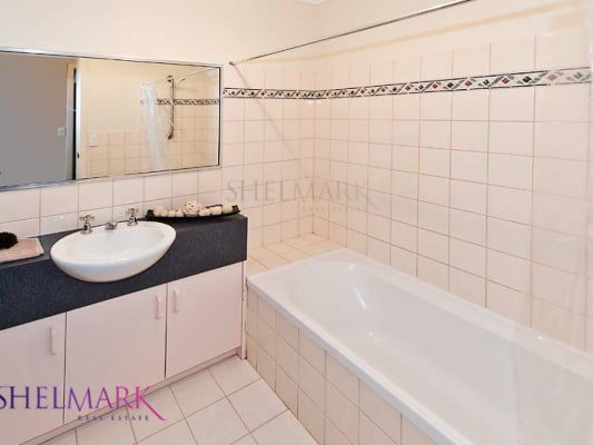 $250, Flatshare, 2 bathrooms, Cantonment Street, Fremantle WA 6160