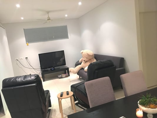 $320, Flatshare, 2 bathrooms, Cavenagh Street, Darwin City NT 0800