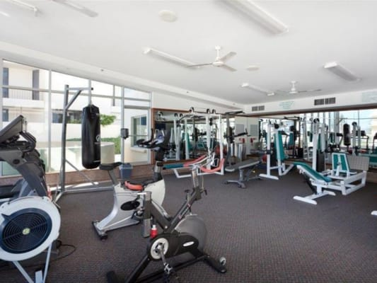 $135, Share-house, 2 bathrooms, Hanlan Street, Surfers Paradise QLD 4217
