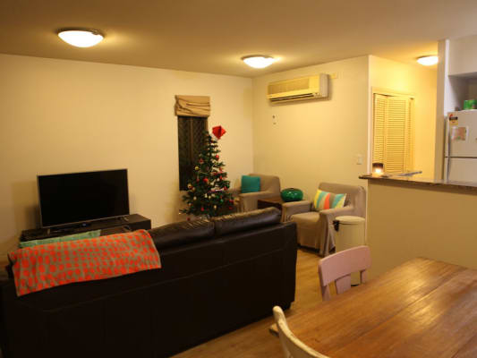 $270, Flatshare, 2 bathrooms, Chasely, Auchenflower QLD 4066