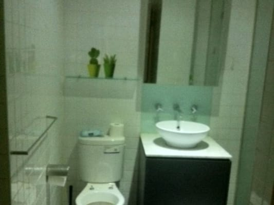 $160, Flatshare, 3 bathrooms, Collins Street, Melbourne VIC 3000