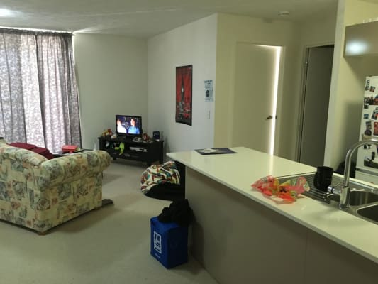 $205, Flatshare, 2 bathrooms, Cracknell Road, Annerley QLD 4103