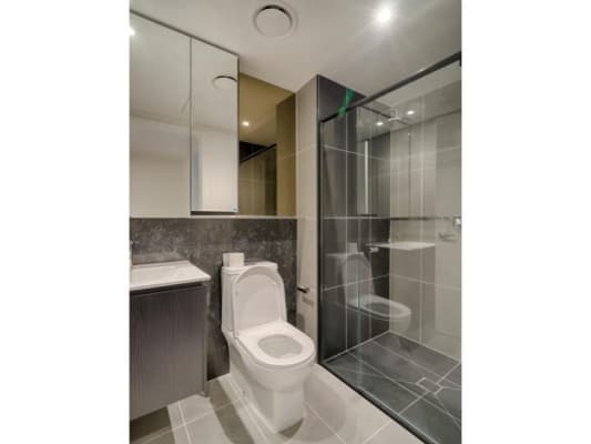 $275, Flatshare, 2 bathrooms, Darling Street, South Yarra VIC 3141