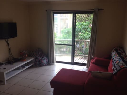 $220, Flatshare, 2 bathrooms, Federation Ave, Broadbeach QLD 4218