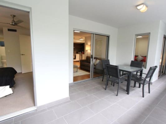 $355, Flatshare, 2 bathrooms, Gailey Road, Saint Lucia QLD 4067