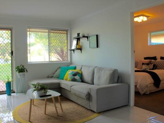 $220, Flatshare, 2 bathrooms, Gordon Avenue, Newtown QLD 4350