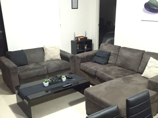 $200, Flatshare, 2 bathrooms, High Street, Southport QLD 4215