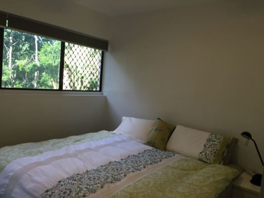 $185, Flatshare, 2 bathrooms, Holland Crt , Broadbeach Waters QLD 4218