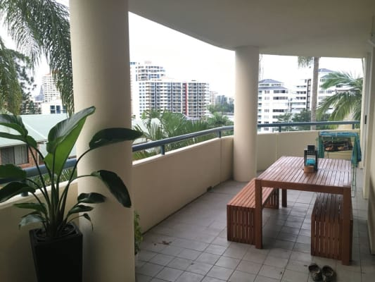 $245, Flatshare, 2 bathrooms, Lambert Street, Kangaroo Point QLD 4169