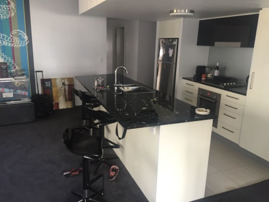 $175, Flatshare, 3 bathrooms, Leichhardt Street, Spring Hill QLD 4000