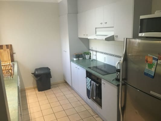 $180, Flatshare, 2 bathrooms, Lytton Road, East Brisbane QLD 4169