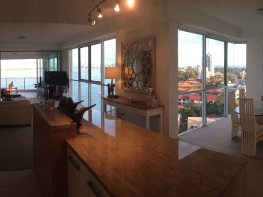 $250, Flatshare, 2 bathrooms, Marine Parade, Southport QLD 4215