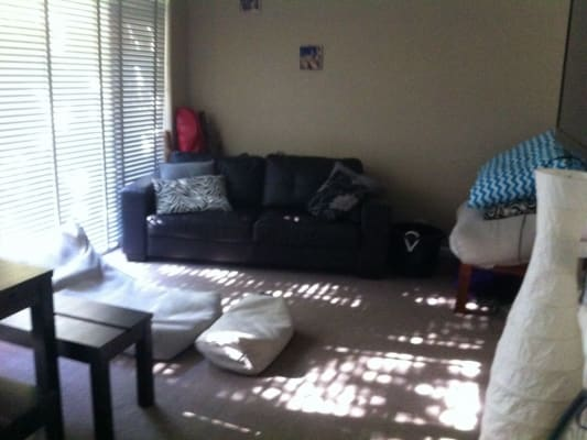 $210, Flatshare, 2 bathrooms, Myrniong , Glen Iris VIC 3146