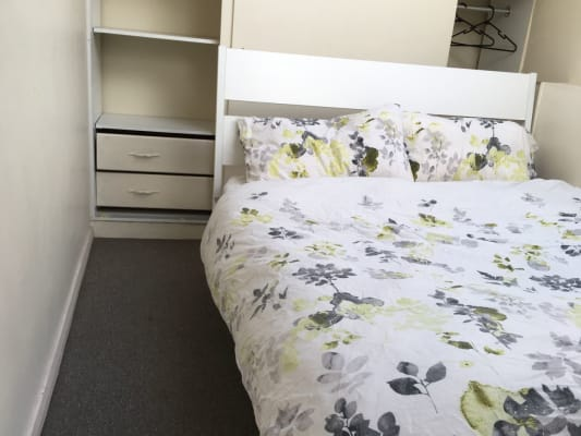 $250, Flatshare, 2 bathrooms, Myrtle Street, Chippendale NSW 2008