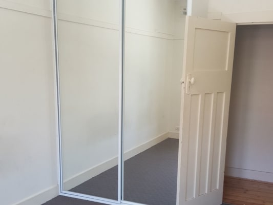 $230, Flatshare, 3 bathrooms, Norton Street , Leichhardt NSW 2040