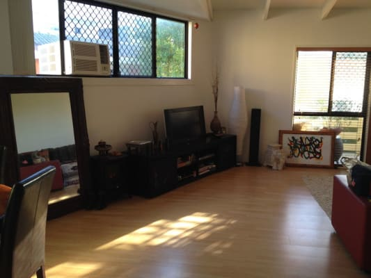 $140, Flatshare, 2 bathrooms, Nyrang, Palm Beach QLD 4221