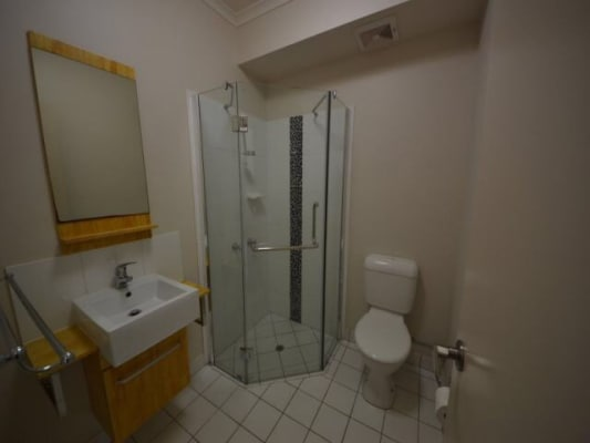 $200, Flatshare, 2 bathrooms, Oonoonba Road, Idalia QLD 4811