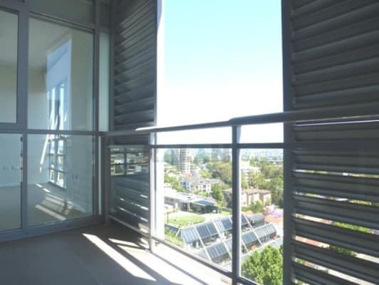 $380, Flatshare, 2 bathrooms, Pacific Highway, Saint Leonards NSW 2065